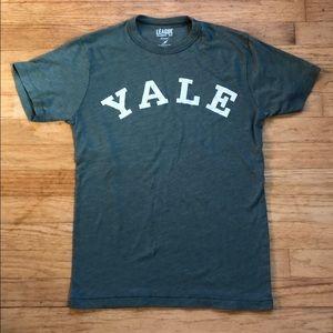 🔥4/$20🔥 Yale green Tee
